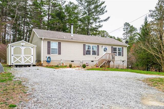 214 Blythewood Drive, Hendersonville, NC 28792 (#3593655) :: Rowena Patton's All-Star Powerhouse