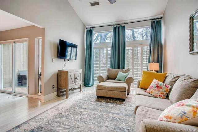 222 Riverview Terrace, Lake Wylie, SC 29710 (#3593876) :: Rinehart Realty