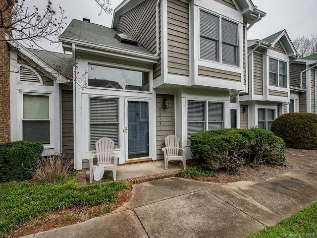 8214 Legare Court, Charlotte, NC 28210 (#3594299) :: Cloninger Properties