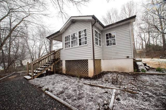28 Old Buckeye Cove Road, Swannanoa, NC 28778 (#3594521) :: Keller Williams Professionals