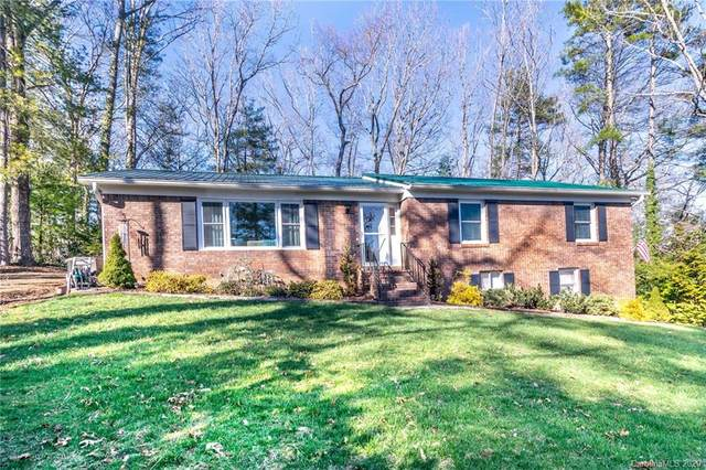133 Long John Drive, Hendersonville, NC 28791 (#3594865) :: The Ramsey Group