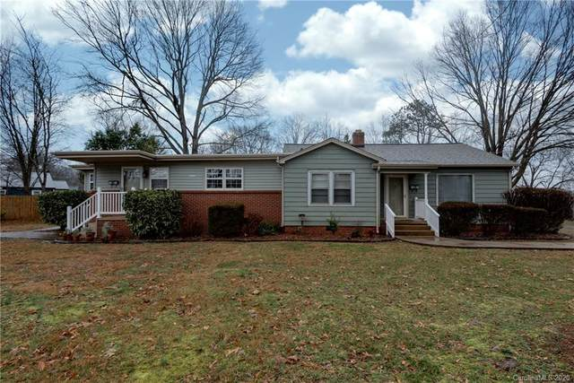 78/80 18th Avenue NW, Hickory, NC 28601 (#3595774) :: Carlyle Properties