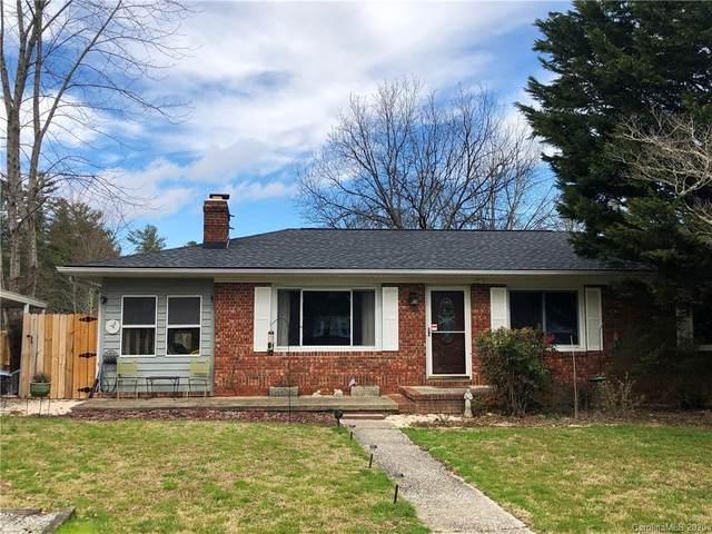 1151 Erkwood Heights, Hendersonville, NC 28739 (#3596542) :: Homes Charlotte