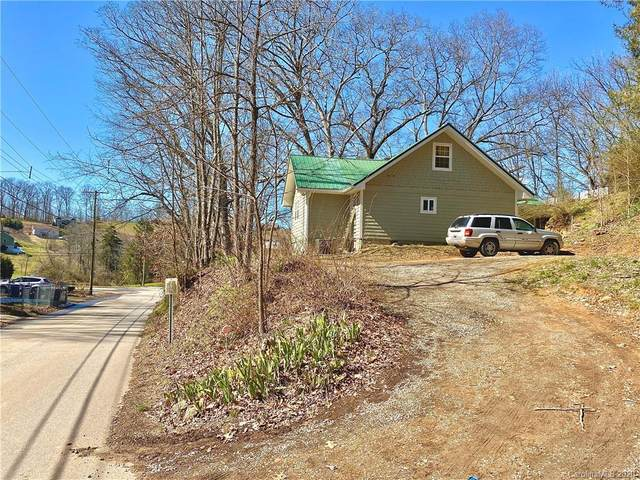 53 Travis Street, Clyde, NC 28721 (#3596996) :: Puma & Associates Realty Inc.