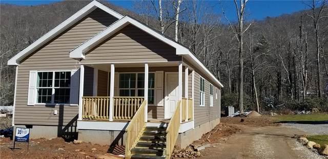 10 Spoonwood Drive, Candler, NC 28715 (#3597003) :: Puma & Associates Realty Inc.