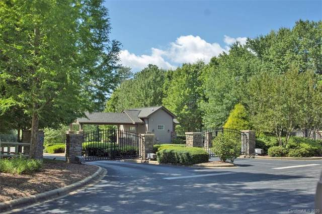233 Mountain Sunset Trail #27, Hendersonville, NC 28739 (#3597335) :: LePage Johnson Realty Group, LLC