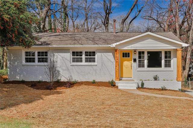 2213 Lanier Avenue, Charlotte, NC 28205 (#3597494) :: The Andy Bovender Team
