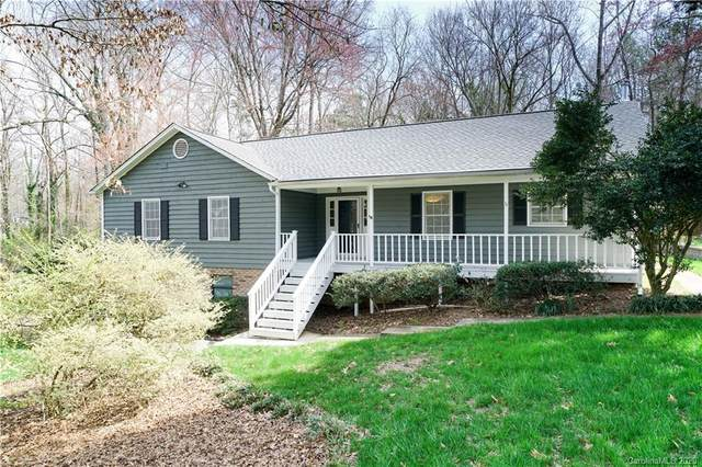 6701 Woodshed Circle, Charlotte, NC 28270 (#3598304) :: Carlyle Properties