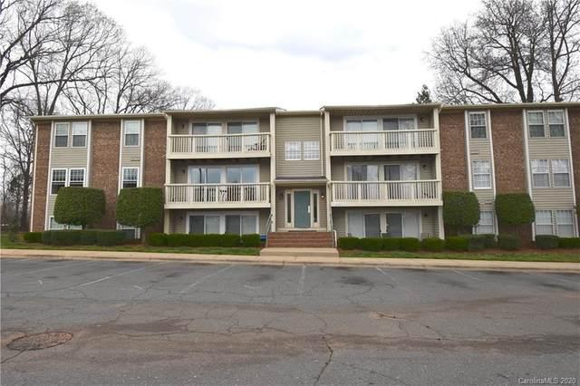 1645 Arlyn Circle F, Charlotte, NC 28213 (#3598833) :: LePage Johnson Realty Group, LLC