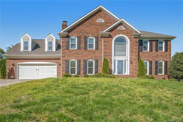8606 Sheltonham Way, Charlotte, NC 28216 (#3599147) :: MartinGroup Properties