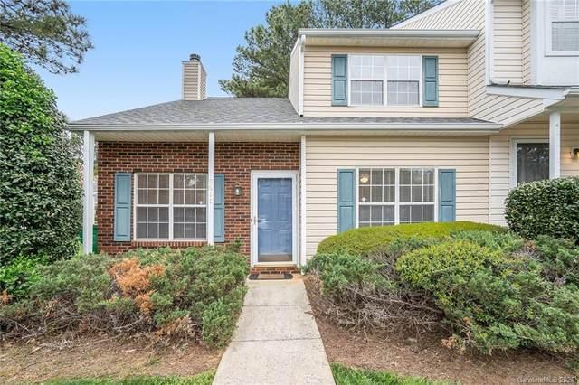 5617 Prescott Court, Charlotte, NC 28269 (#3599319) :: High Performance Real Estate Advisors