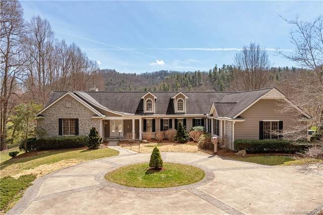 301 Winding Meadows Drive, Flat Rock, NC 28731 (#3600191) :: Caulder Realty and Land Co.