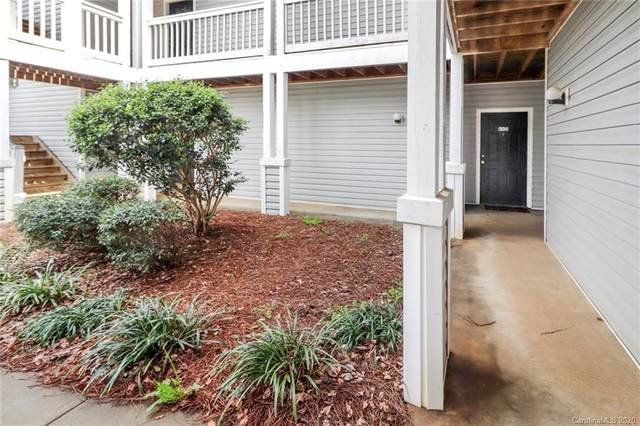 10 Hamiltons Bay Court #306, Lake Wylie, SC 29710 (#3601469) :: MartinGroup Properties