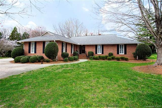 3619 E Club Colony Drive, Gastonia, NC 28056 (#3602662) :: Exit Realty Vistas