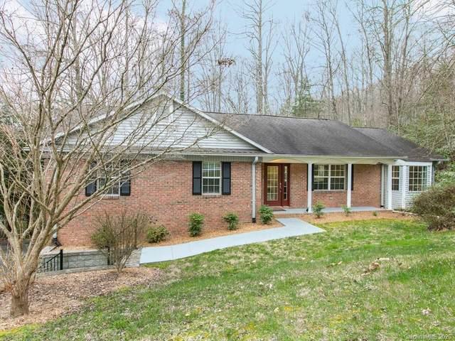 505 Hunters Glen Lane, Hendersonville, NC 28739 (#3603509) :: Rinehart Realty