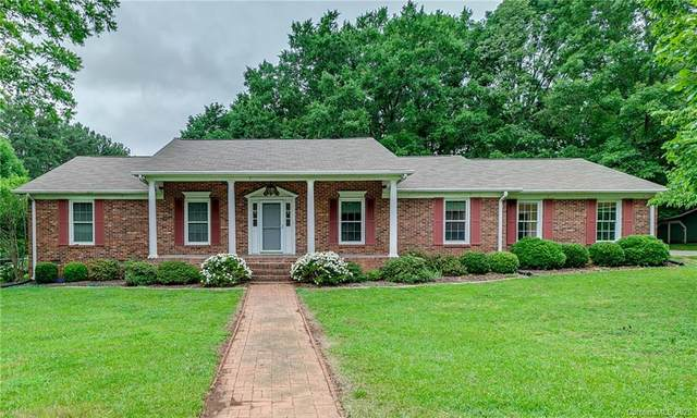 14336 Sledge Road, Charlotte, NC 28278 (#3603787) :: MartinGroup Properties