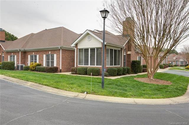 10316 Park Willow Drive, Charlotte, NC 28210 (#3603923) :: LePage Johnson Realty Group, LLC