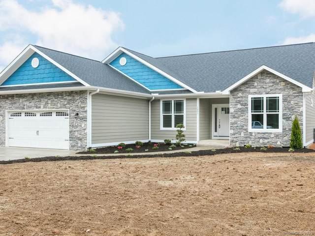 1231 N Allen Road, Hendersonville, NC 28792 (#3603924) :: LePage Johnson Realty Group, LLC