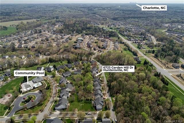 6723 Garden Hill Drive, Huntersville, NC 28078 (#3604266) :: High Performance Real Estate Advisors