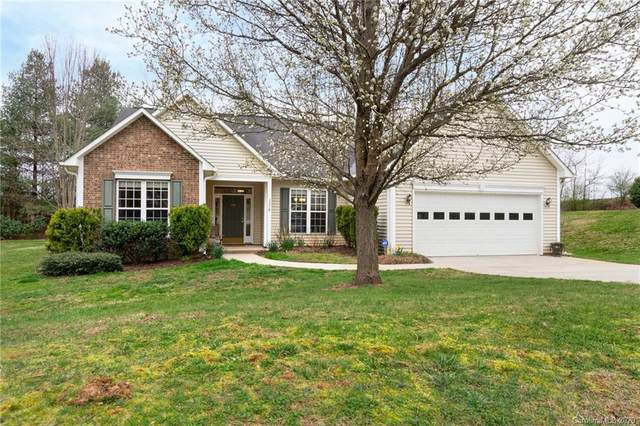 215 Farm Creek Drive, Asheville, NC 28806 (#3604644) :: Besecker Homes Team