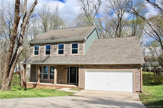 3240 Harris Mill Lane, Charlotte, NC 28262 (#3605608) :: Rinehart Realty