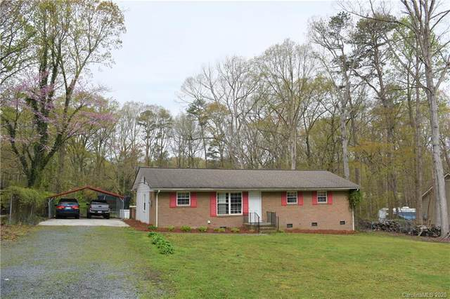 305 Forest Park Road, Matthews, NC 28104 (#3605722) :: Rinehart Realty