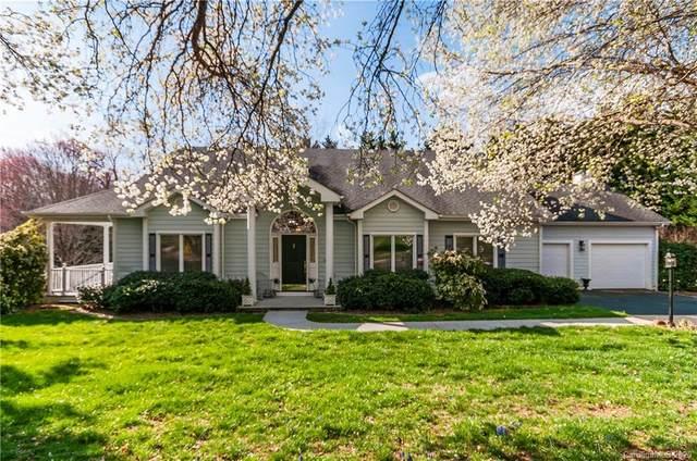 328 Cardinal Lane, Waynesville, NC 28786 (#3605985) :: Cloninger Properties