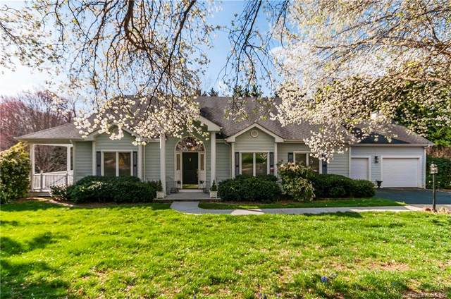 328 Cardinal Lane, Waynesville, NC 28786 (#3605985) :: Stephen Cooley Real Estate Group