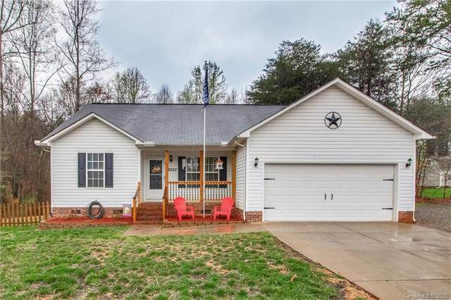 3553 Seminole Drive, Maiden, NC 28650 (#3606415) :: The Premier Team at RE/MAX Executive Realty