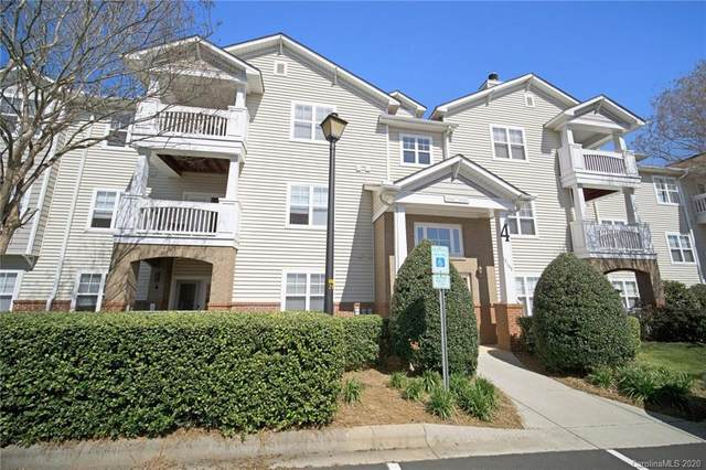 17127 Doe Valley Court, Cornelius, NC 28031 (#3606576) :: Premier Realty NC