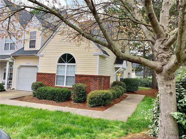 9919 Birch Knoll Court, Charlotte, NC 28213 (#3607955) :: Keller Williams South Park
