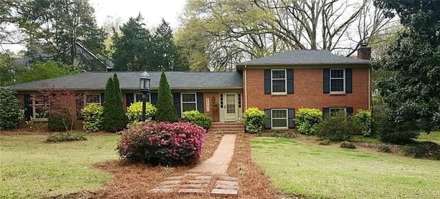 6701 Carmel Hills Drive, Charlotte, NC 28226 (#3608019) :: SearchCharlotte.com