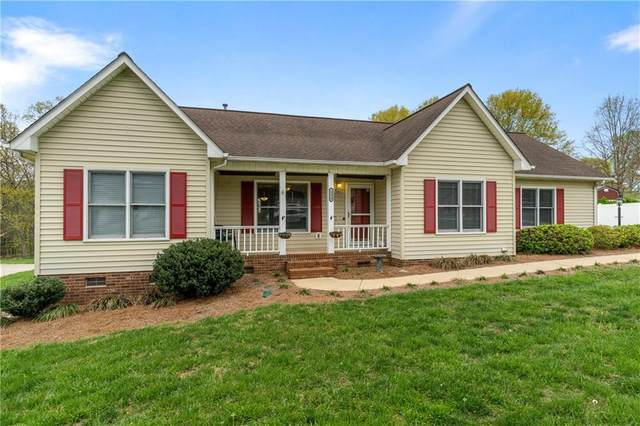 1214 31st Street Place NE, Conover, NC 28613 (MLS #3608071) :: RE/MAX Journey