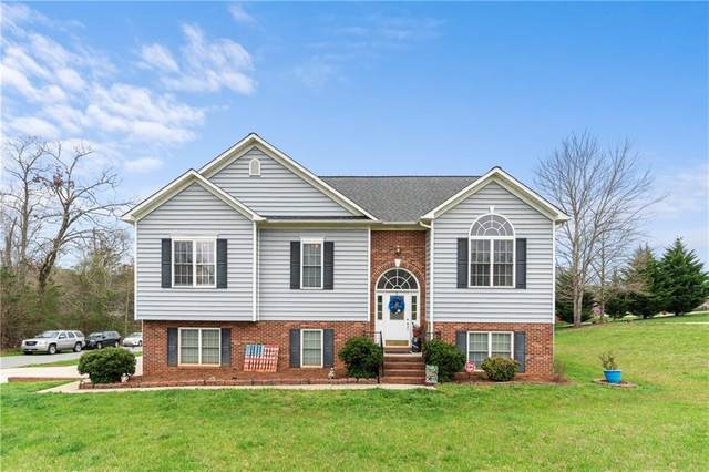 304 Wittenburg Springs Drive, Taylorsville, NC 28681 (#3608209) :: Miller Realty Group