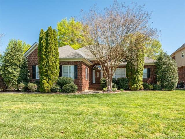 2010 Bunker Court, Matthews, NC 28104 (#3608404) :: Roby Realty