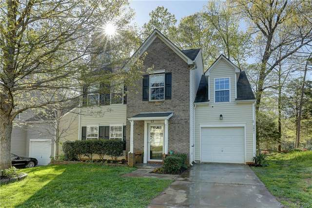 2021 Campfire Trail, Lake Wylie, SC 29710 (#3608990) :: Stephen Cooley Real Estate Group
