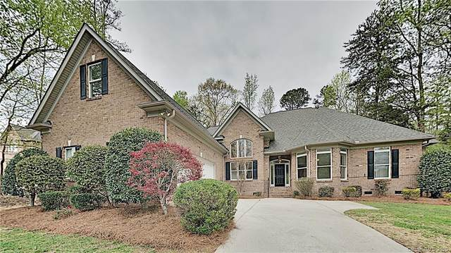 4012 Lamington Road, Matthews, NC 28105 (#3609132) :: Carolina Real Estate Experts