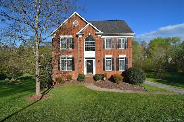 15130 Stonegreen Lane, Huntersville, NC 28078 (#3609296) :: MartinGroup Properties