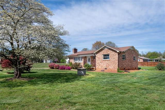4014 S Olivers Cross Road, Newton, NC 28658 (#3609531) :: Besecker Homes Team