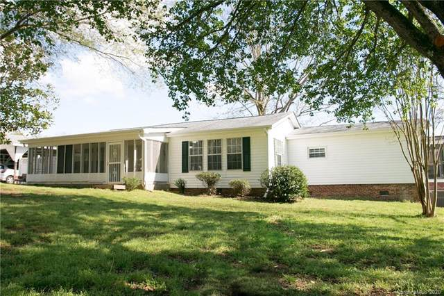 433 Lancaster Estates Road, Indian Land, SC 29707 (#3609640) :: Homes Charlotte