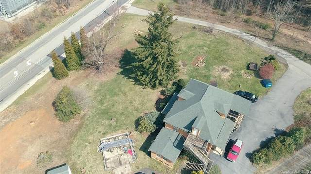 1268 Sand Hill Road, Candler, NC 28715 (#3609723) :: Besecker Homes Team
