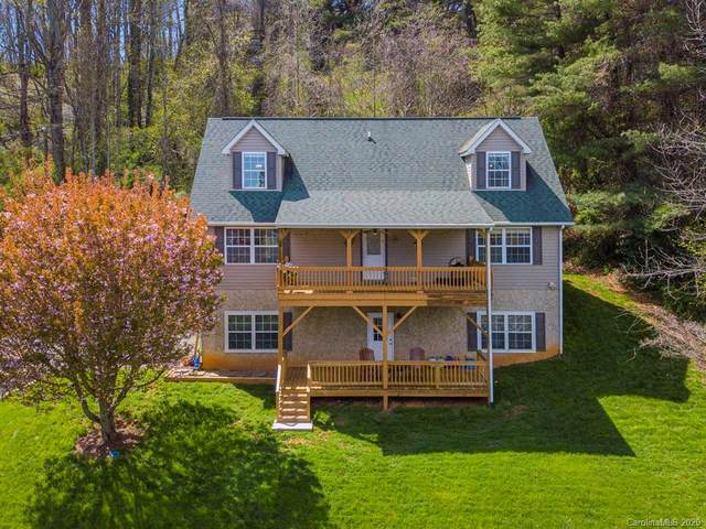 100 Gliding Hawk Way, Waynesville, NC 28785 (#3610002) :: Robert Greene Real Estate, Inc.