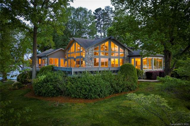 4661 Island Forks Road, Lake Wylie, SC 29710 (#3610273) :: Miller Realty Group