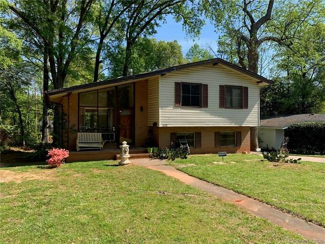 1028 Tracy Drive, Charlotte, NC 28217 (#3610312) :: The Premier Team at RE/MAX Executive Realty