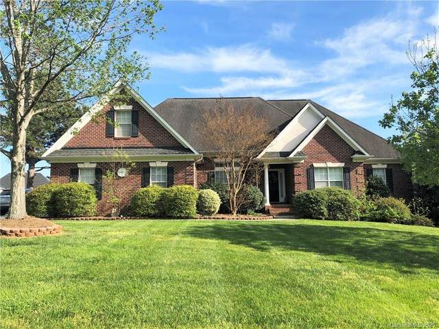 136 Eaglecrest Drive, Matthews, NC 28104 (#3610338) :: Stephen Cooley Real Estate Group