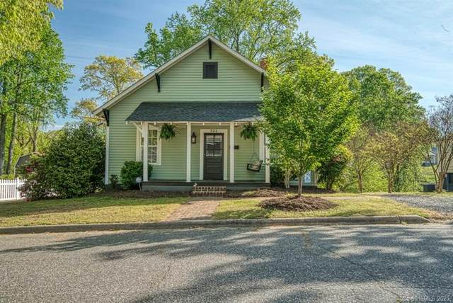 321 Messick Avenue, Mooresville, NC 28115 (#3610341) :: BluAxis Realty