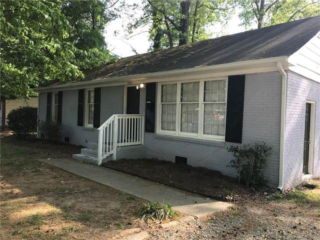 1031 Pondella Drive, Charlotte, NC 28213 (#3610984) :: Keller Williams South Park