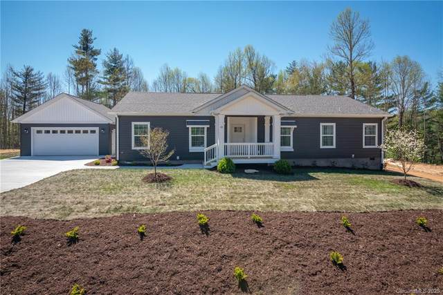 142 Moss Hill Drive, Hendersonville, NC 28792 (#3611473) :: Carlyle Properties