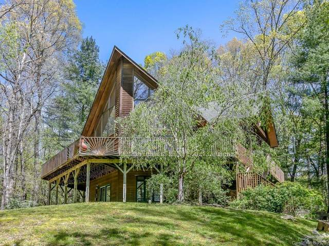 594 Lake Rugby Drive, Hendersonville, NC 28791 (#3612316) :: Keller Williams Professionals
