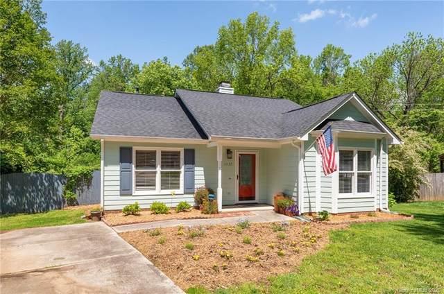 11137 Atrium Way, Matthews, NC 28105 (#3614171) :: Charlotte Home Experts